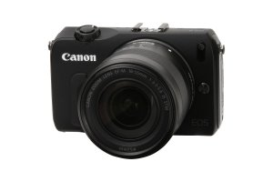Canon EOS M Kit + EF M 18-55mm 1:3,5-5,6 IS STM