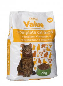 Tesco value Complete cat food S drůbežím