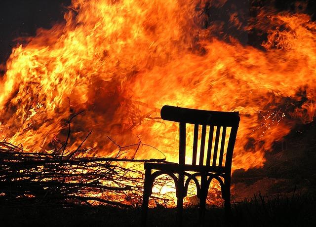 židle, oheň, požár, nábytek